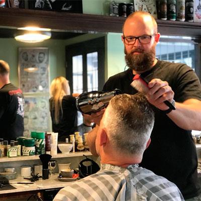 Barbershop Enkhuizen, Trimmen, Knippen, Baarden